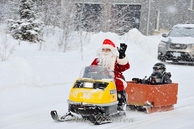 Santa Claus takes the kids for a ride