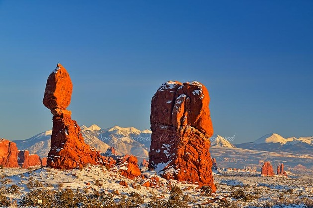 Balanced Rock with fresh snow, Arches National Park, Utah, USA